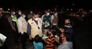 Plh Gubernur Kepri TS Arif Fadilah meninjau dataran Gurindam 12 Tanjungpinang, Jumat (12/2/2021).