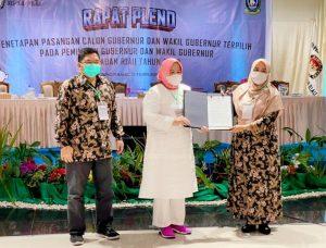 Pleno KPU penetapan Ansar-Marlin sebagai pasangan Gubernur Kepri terpilih, Ahad (21/2/2021).