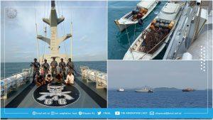 TNI AL menangkap tangan lima pencuri di Selat Singapura, Ahad (21/2021).
