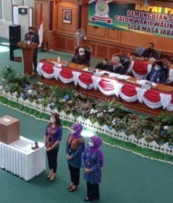 Jagoan Golkar, Ade Angga kalah di Pemilihan Wakil Wali Kota Tanjungpinang, Senin (10/5/2021). Endang Abdullah memenangkan pemilihan tersebut.